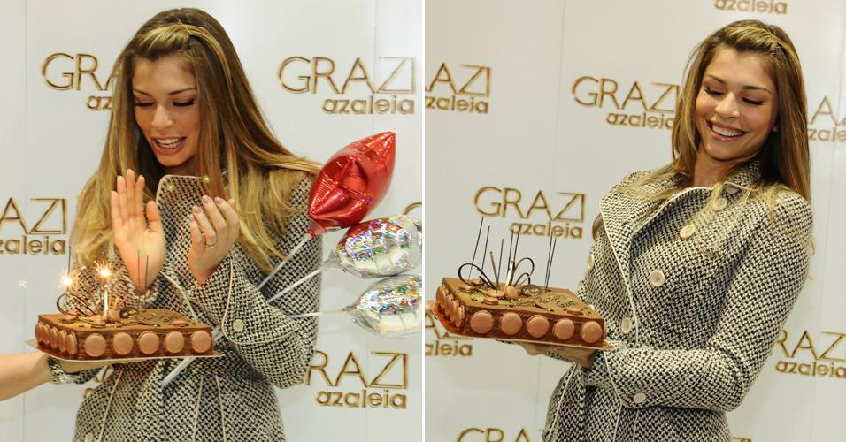 Grazi Massafera comemora seu aniversário durante a Francal (Feira Internacional da Moda em Calçados e Acessórios), em São Paulo. A atriz completou 29 anos nesta terça-feira (28) (28/6/11)