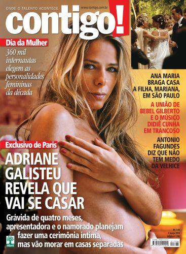 Adriane Galisteu exibiu a barriga de quatro meses de gravidez na capa da
