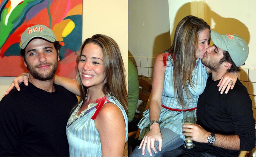 Bruno Gagliasso acompanha a então namorada Danielle Winits na festinha de quatro anos do irmão da atriz (18/8/04)