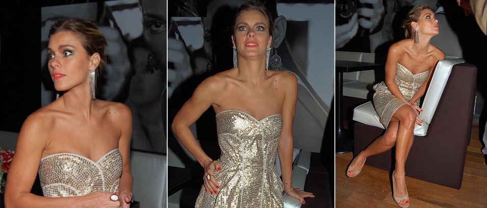 Carolina Dieckmann é a estrela da noite que comemorou o lançamento da revista Shape, em boate de São Paulo (9/9/2009). A atriz, que é a capa da edição de estreia, escolheu um tomara-que-caia de paetê da Maria Bonita Extra e cabelos presos para brilhar na festinha