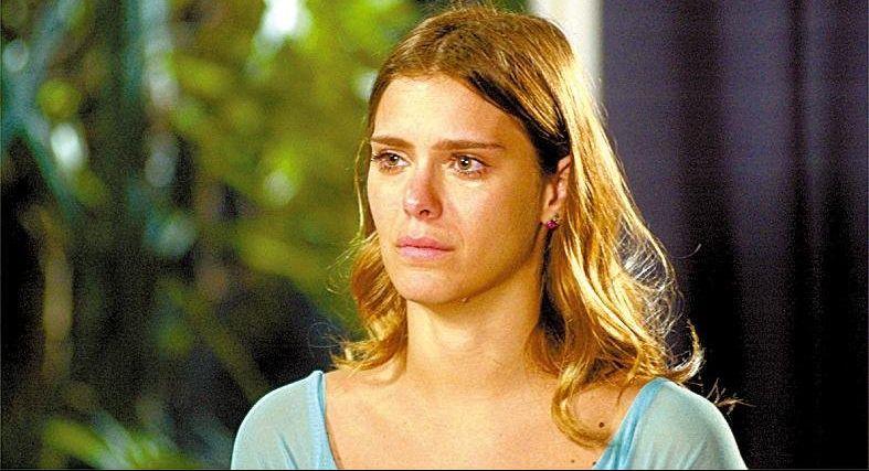 Carolina Dieckmann em cena da novela