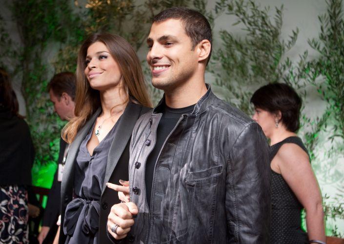 Grazi Massafera e Cauã Reymond na festa de lançamento da novela