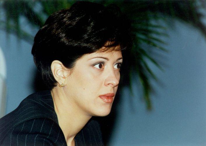 Claudia Raia na pele da empresária Ângela de
