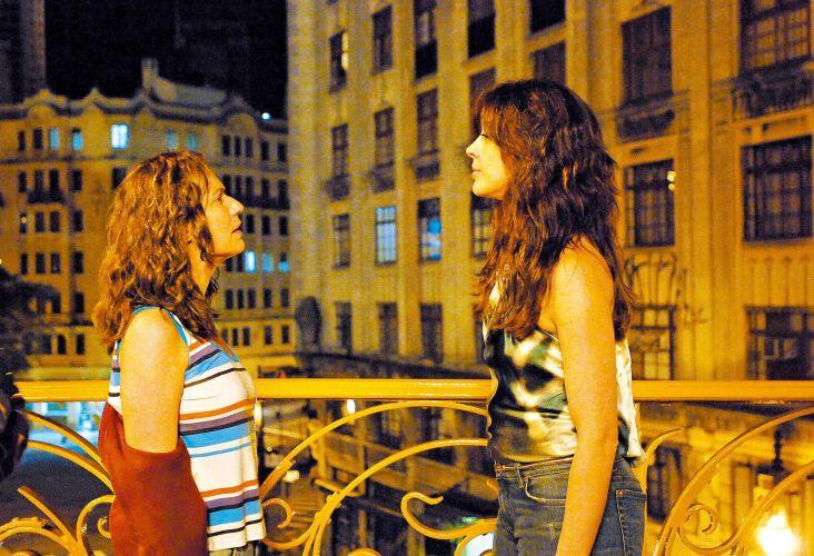 Patrícia Pillar (Flora) e Claudia Raia (Donatela) gravam cena da novela