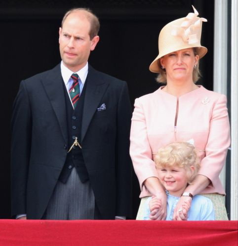 Conheça Os Membros Da Realeza E Da Família Middleton Que