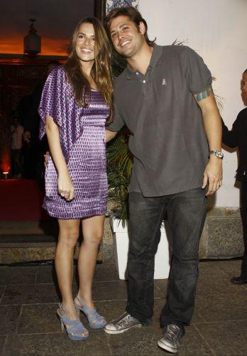O ator Dado Dolabella e a mulher Viviane Sarahyba na festa de aniversário da promoter Carol Sampaio na Sociedade Hípica Brasileira (12/3/2010)