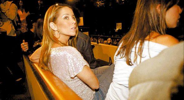 A atriz comparece até em leilão de gado (2004)