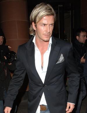 O famoso metrossexual sai todo moderno na noite londrina (13/11/05)