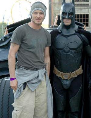 Há dois anos, Beckham comemorava seu aniversário com Batman, em um parque de Madri