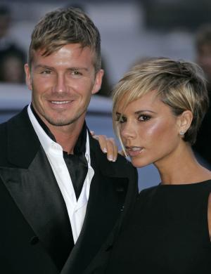 David resolveu cortar seu cabelo igual ao de sua mulher. Quanta sintonia (29/03/07)