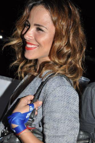 Wanessa posa no camarote das celebridades que assistiram ao show da cantora Shakira, na noite de sábado, em São Paulo (19/3/2011)