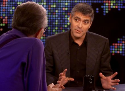 George Clooney  entrevistado no programa 