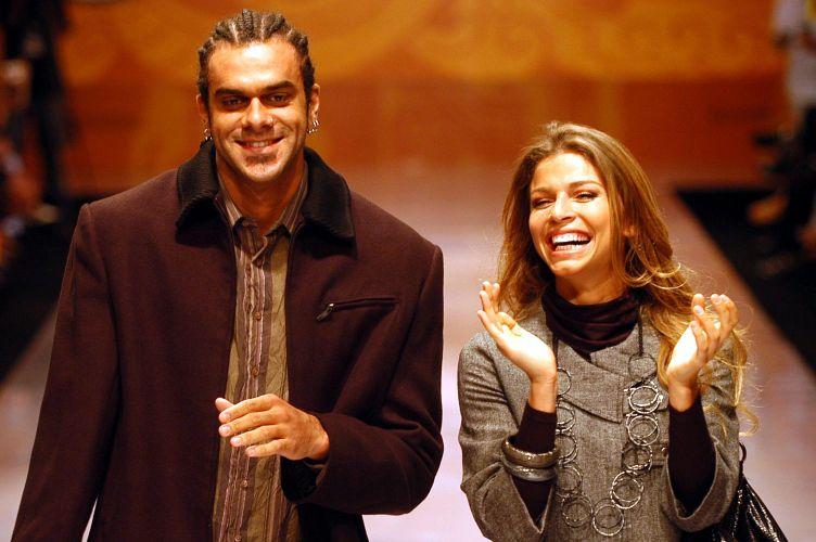 Grazielli Massafera e Alan Passos desfilam no Floripa Fashion Donna DC em Florianópolis (9/3/2007). Os dois começaram a namorar durante o