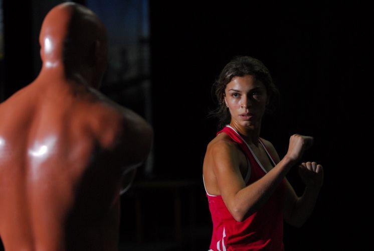 Grazi Massafera treina artes marciais como preparação para viver a vilã Deodora em