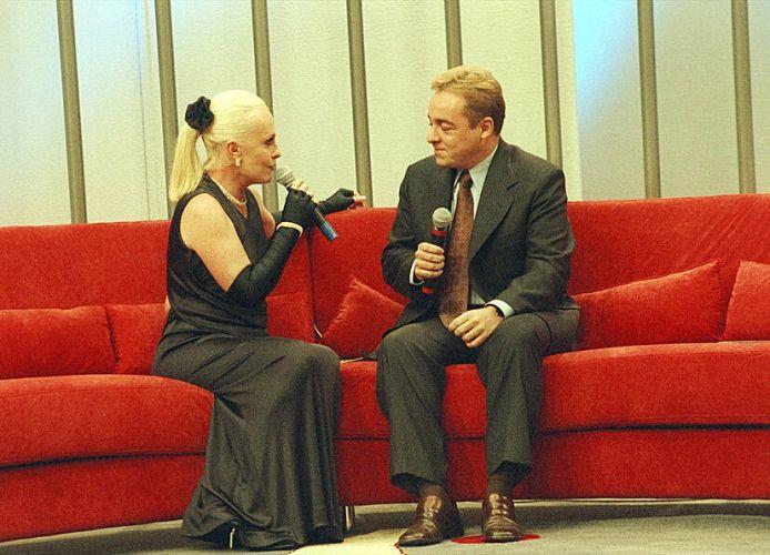 Ana Maria Braga recebe o Gugu em seu programa na Record (6/8/98)