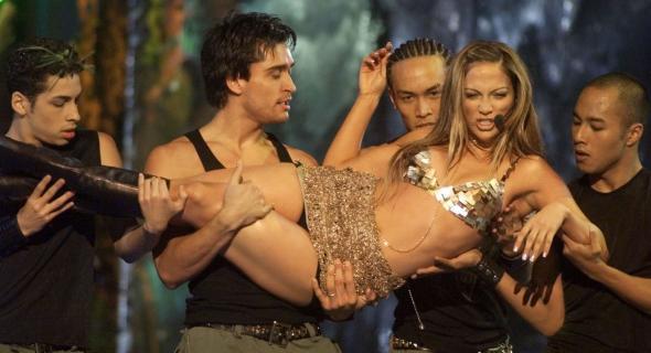 J. Lo no Billboard Music Awards no qual foi eleita cantora revelação pop (dez/99)