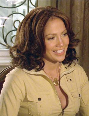 Em entrevista à rede de TV ABC, J. Lo anuncia que vai se casar com Ben Affleck (nov/2002)