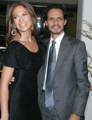Jennifer Lopez e Marc Anthony chegam para um jantar de gala, em NY (nov/2005)