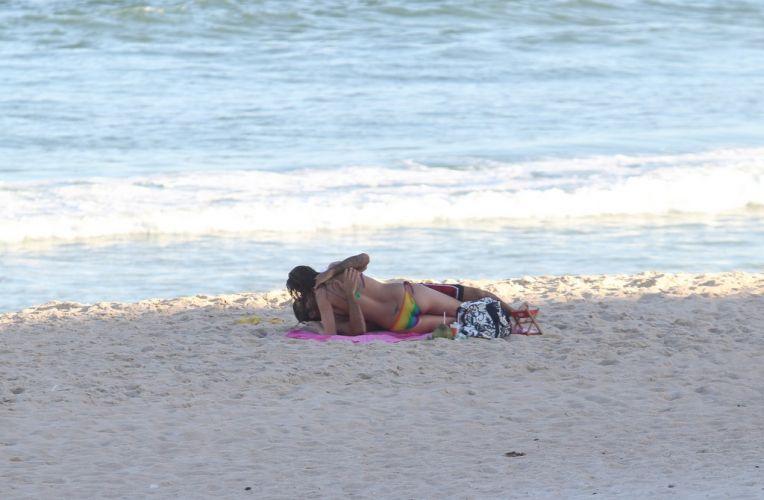 Luana Piovani e Pedro Viana namoram no Leblon, Rio de Janeiro (23/5/11)