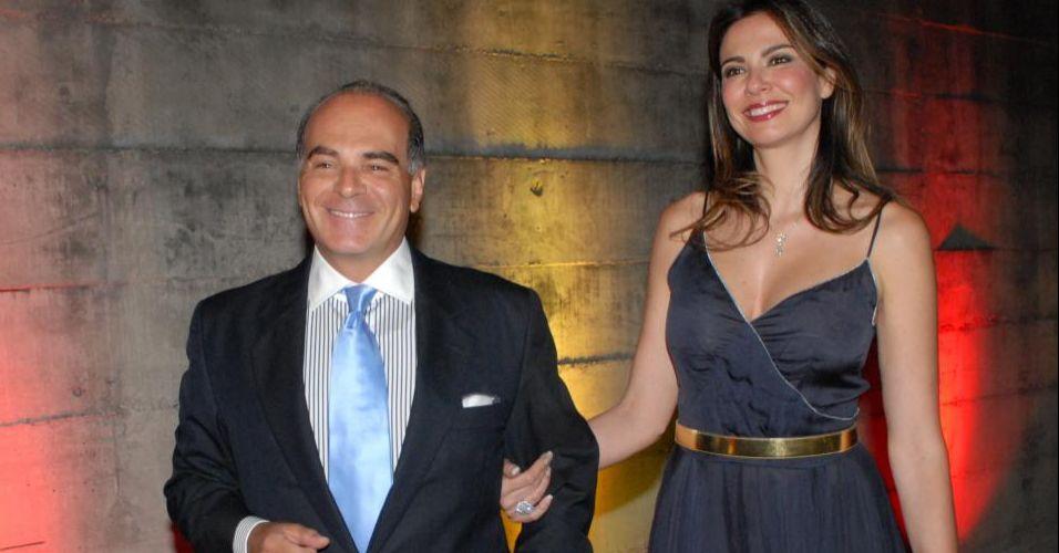 Luciana Gimenez chega com o marido Marcelo Carvalho à 7ª edição do evento beneficente