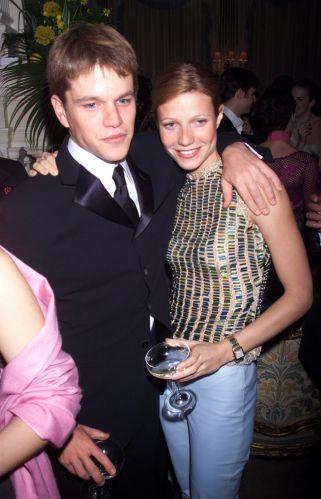 Matt Damon e a colega de elenco, a atriz Gwyneth Paltrow, posam para foto durante festa de lançamento do filme