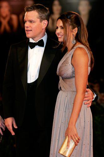 Matt Damon e a mulher, a designer argentina Luciana Barroso, na première do filme