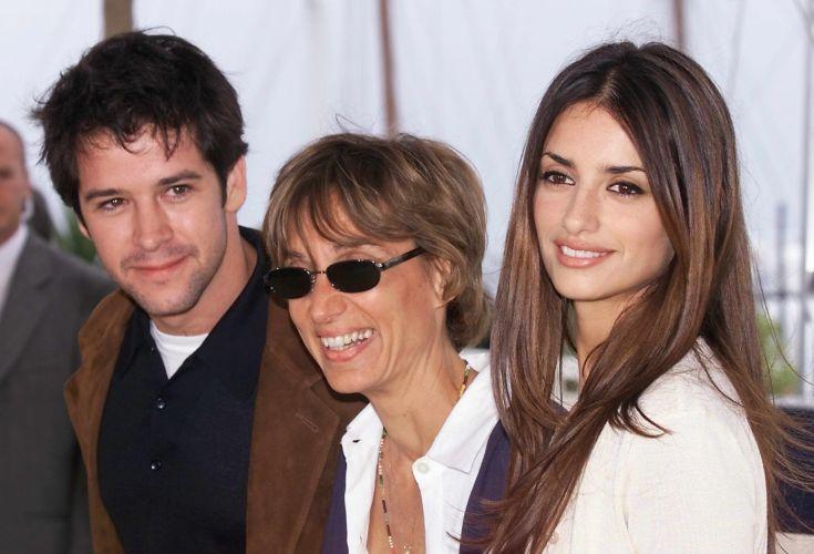 O ator brasileiro, Murilo Benício (à esq.), a diretora venezuelana, Fina Torres (centro) e a atriz espanhola Penelope Cruz, na apresentação do filme
