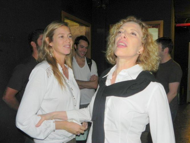 Luana Piovani e Marília Gabriela se encontram em apresentação do espetáculo