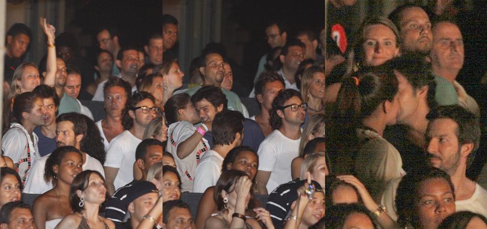 Depois de terminar seu namoro de pouco mais de um ano com o ator Thierry Figueira, Nívea Stelmann foi flagrada com o humorista Bruno Mazzeo, durante um show do Jota Quest, no Píer Mauá, Rio de Janeiro (29/1/10). O casal chegou separado à apresentação, mas permaneceu juntinho e durante todo o show