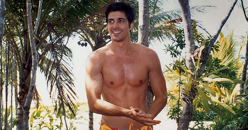 O ator Reynaldo Gianecchini em um ensaio de JR Duran para o site