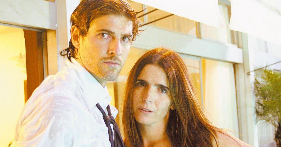 Os atores Reynaldo Gianecchini e Malu Mader em cena do filme