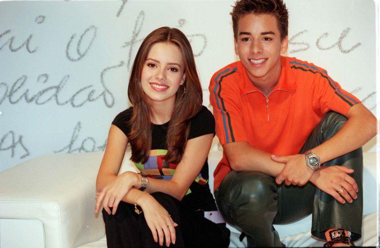 Credito=Divulgação; Data=23.10.2000; Texto: A cantora Sandy durante entrevista.