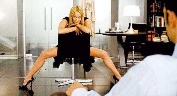 Sharon Stone em outra famosa cena, em