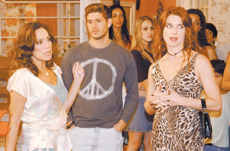 Os atores Susana Vieira, Dado Dolabella e Letícia Spiller em cena da novela