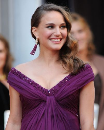 A atriz Natalie Portman completa 30 anos no dia 9 de junho de 2011. Ela nasceu em Jerusalem