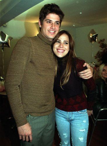 Dado Dolabella e Wanessa Camargo começaram a namorar quando ambos estavam no início de suas carreiras (1/8/2001). Foram dois anos de namoro firme e um último cheio de conturbações, oq ue levou Wanessa a até chorar em público. Depois de três anos juntos, o ator colocou um ponto final na história