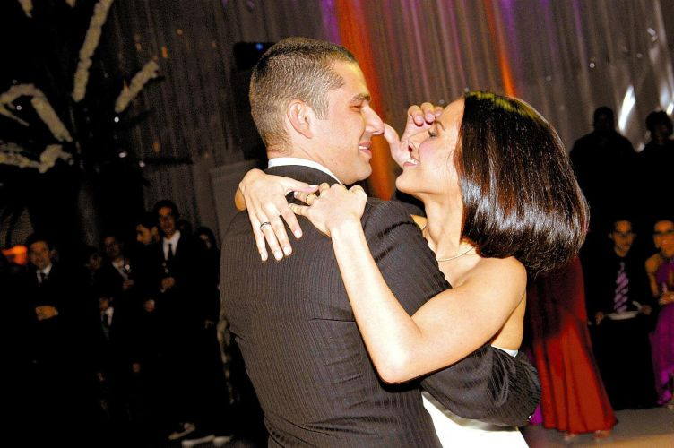 Após dois anos de namoro, Wanessa e Marcos Buaiz se casam, em São Paulo (26/5/2007)
