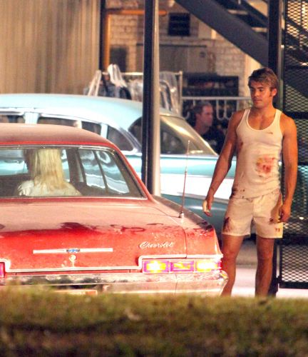 Zac Efron grava cena do filme