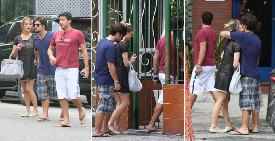 O casal de atores Giovanna Ewbank e Bruno Gagliasso aproveitam tarde de sábado para visitar amigo no Leblon, no Rio de Janeiro (04/12/2010)