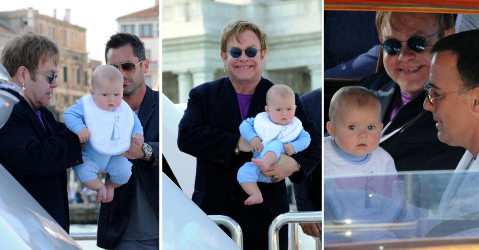 Em Veneza, Elton John e o companheiro David Furnish posam ao lado de seu filho, Zachary, de cinco meses. O filho nasceu em dezembro de 2010, por meio de inseminação artificial. Ambos doaram sêmen, mas ainda não saiu o resultado do exame de DNA para comprovar a paternidade. O cantor foi nomeado na última semana na Inglaterra como o pai do ano no tradicional