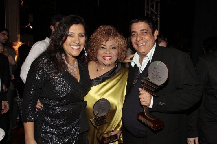 Regina Casé, Alcione e Zeca Pagodinho no no 22º Prêmio da Música Brasileira, no Teatro Municipal do Rio (6/7/11)