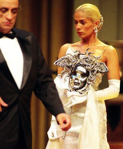 Com Bemvindo Sequeira, Adriane estreia no teatro com a peça