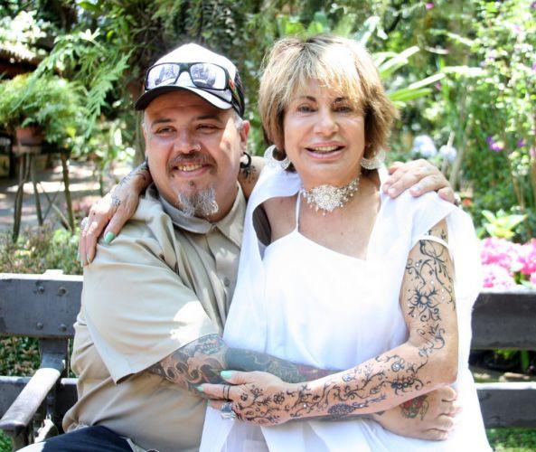 João Gordo e Miriam Abicair, proprietária do spa onde foram realizados os festejos, celebram o casamento de Adriane Galisteu e Alexandre Iódice e o batizado do filho do casal, Vittorio, em Itatiba, São Paulo, na manhã de sábado (27/11/2010)