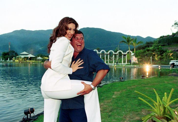 Claudia Raia e o diretor Jorge Fernando durante lançamento da novela
