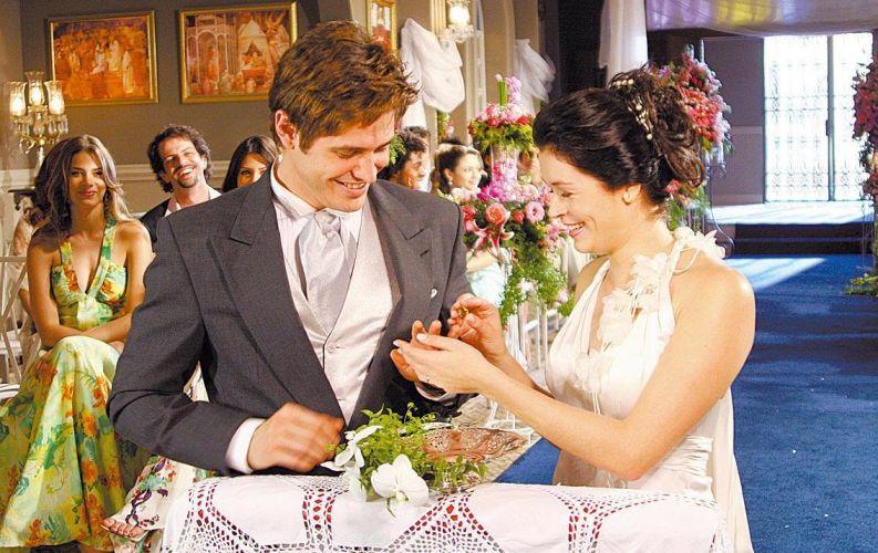 Dado Dolabella e Bianca Castanho durante gravação da novela