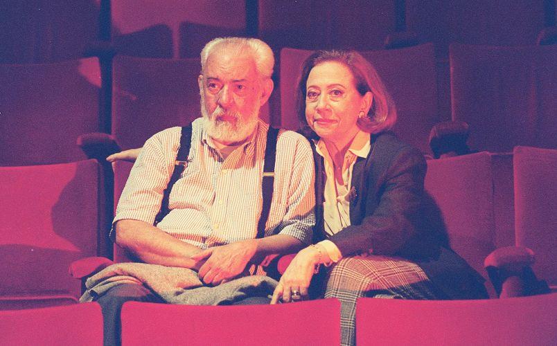Fernando Torres (1927-2008) e Fernanda Montenegro se casaram em 1954, e ficaram juntos até a morte do ator. Com ele, a atriz teve dois filhos: a atriz Fernanda Torres e o diretor Cláudio Torres (22/6/1995)