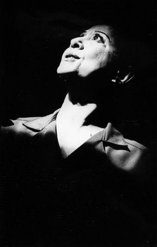 Fernanda Montenegro durante ensaio da peça