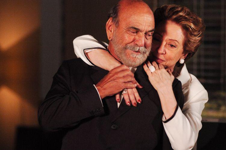 Fernanda Montenegro e Lima Duarte em cena da novela Belíssima. A estrela interpretava a vilã Bia Falcão (2005)