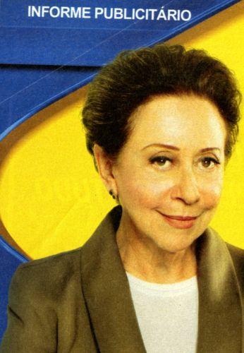 Imagem de Fernanda Montenegro aparece retocada em informe publicitário do Banco do Brasil, publicado na revista Veja em 23 de junho de 2010