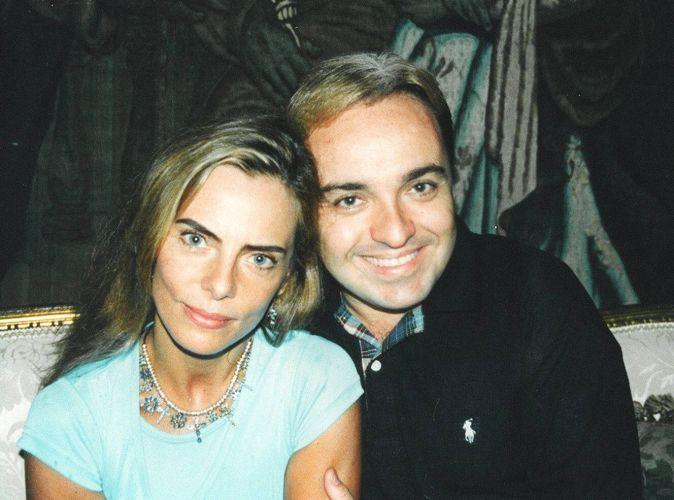 O apresentador Gugu Liberato é entrevistado por Bruna Lombardi no programa